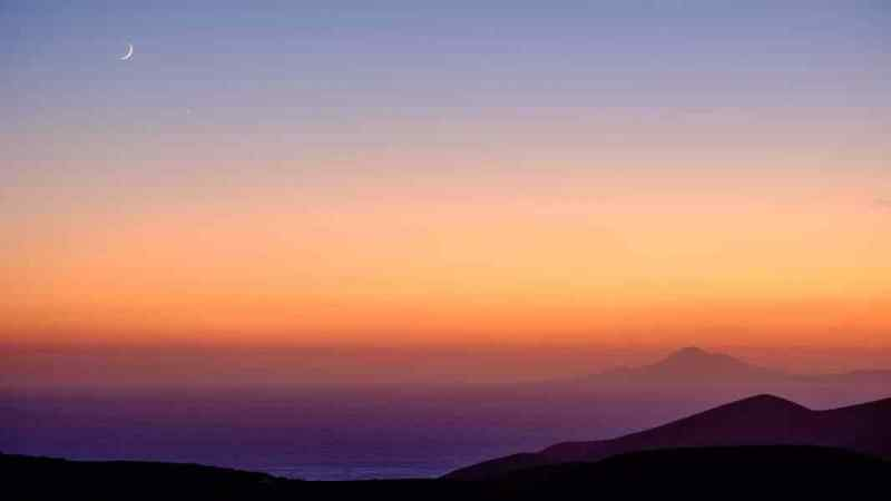 Sunset with crescent moon, Folegandros